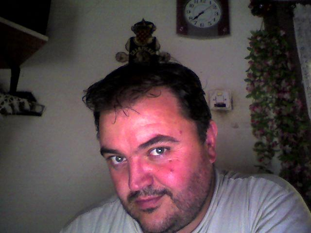 Iskrica profili sa slikama žene